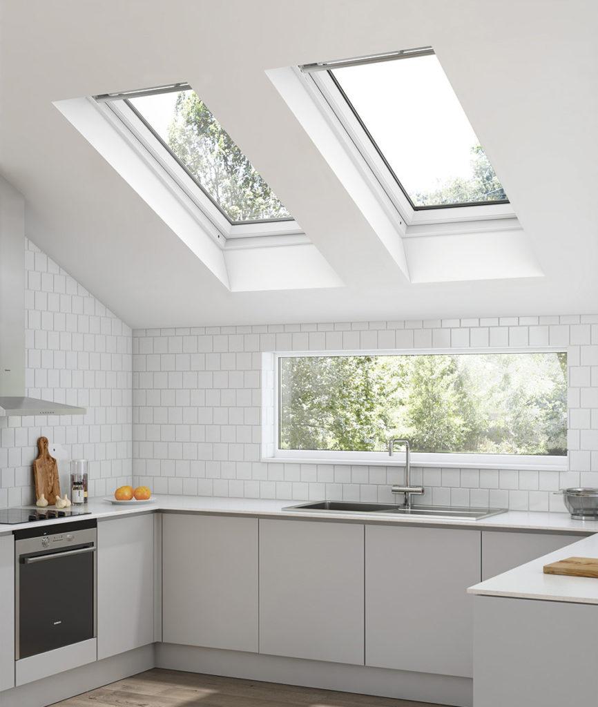 Okna dachowe Keylite z PVC oraz z drewna