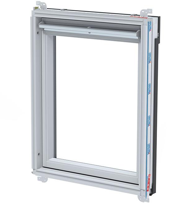 Okno malowane na biało
